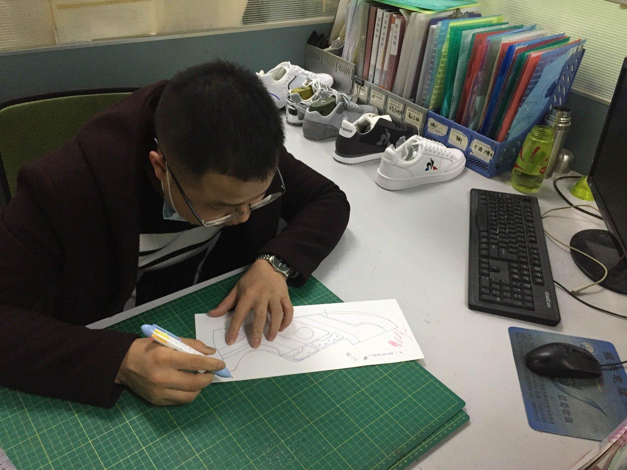 Shoe designer's first draft