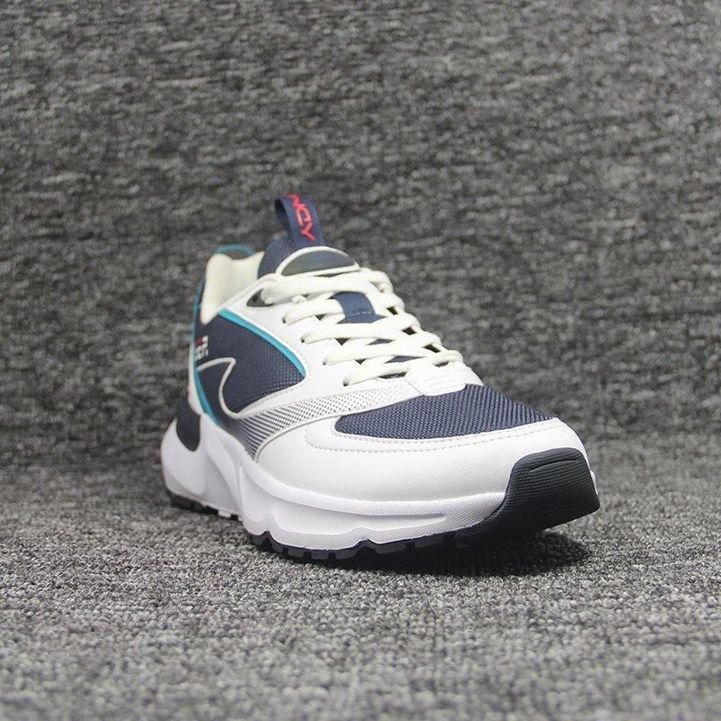 sneakers-0111