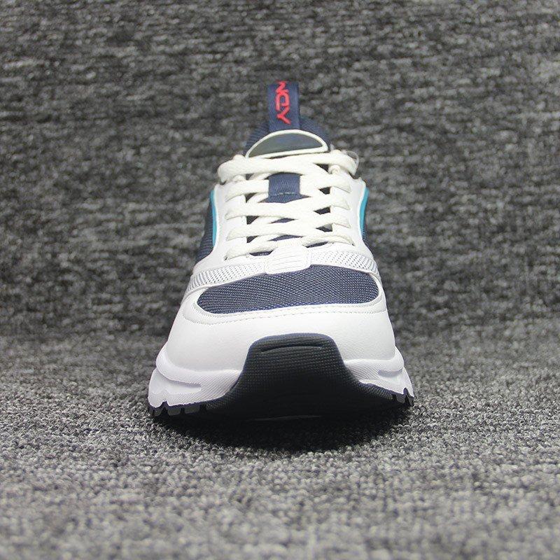 sneakers-0112