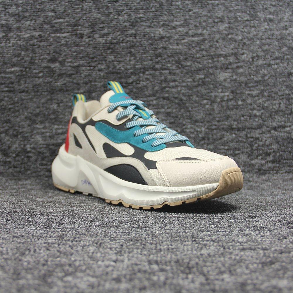 sneakers-0220