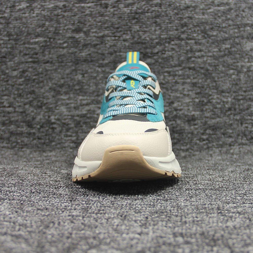 sneakers-0221