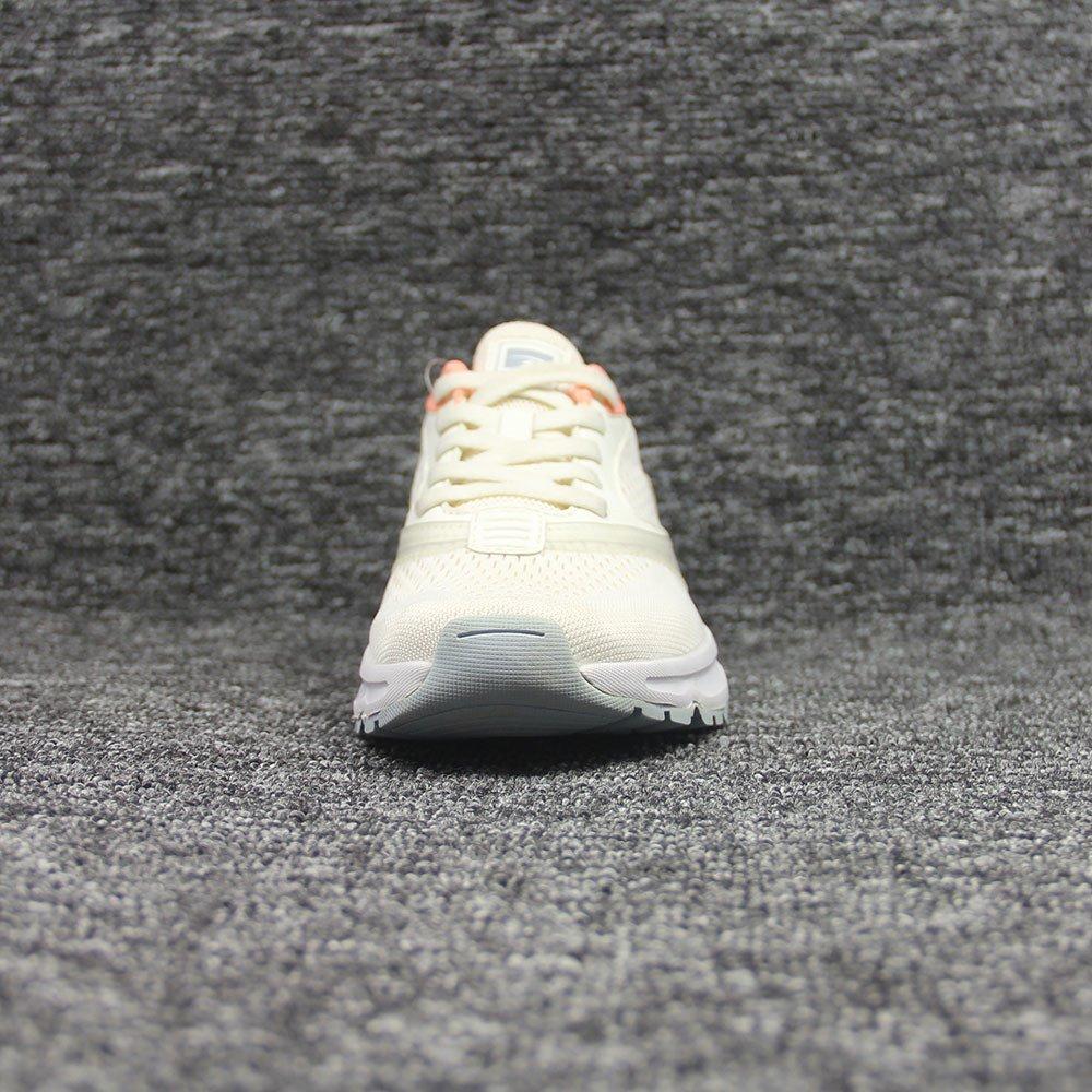 sneakers-0318