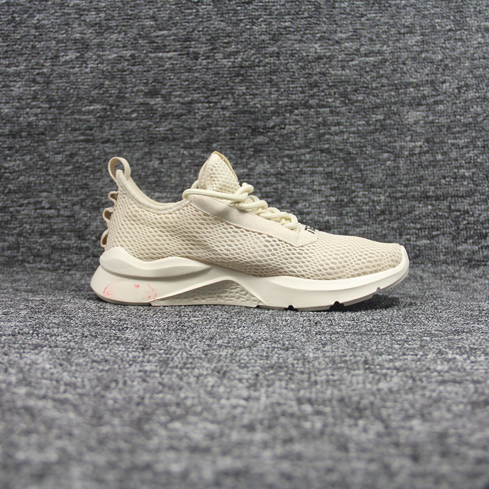 sneakers-0384