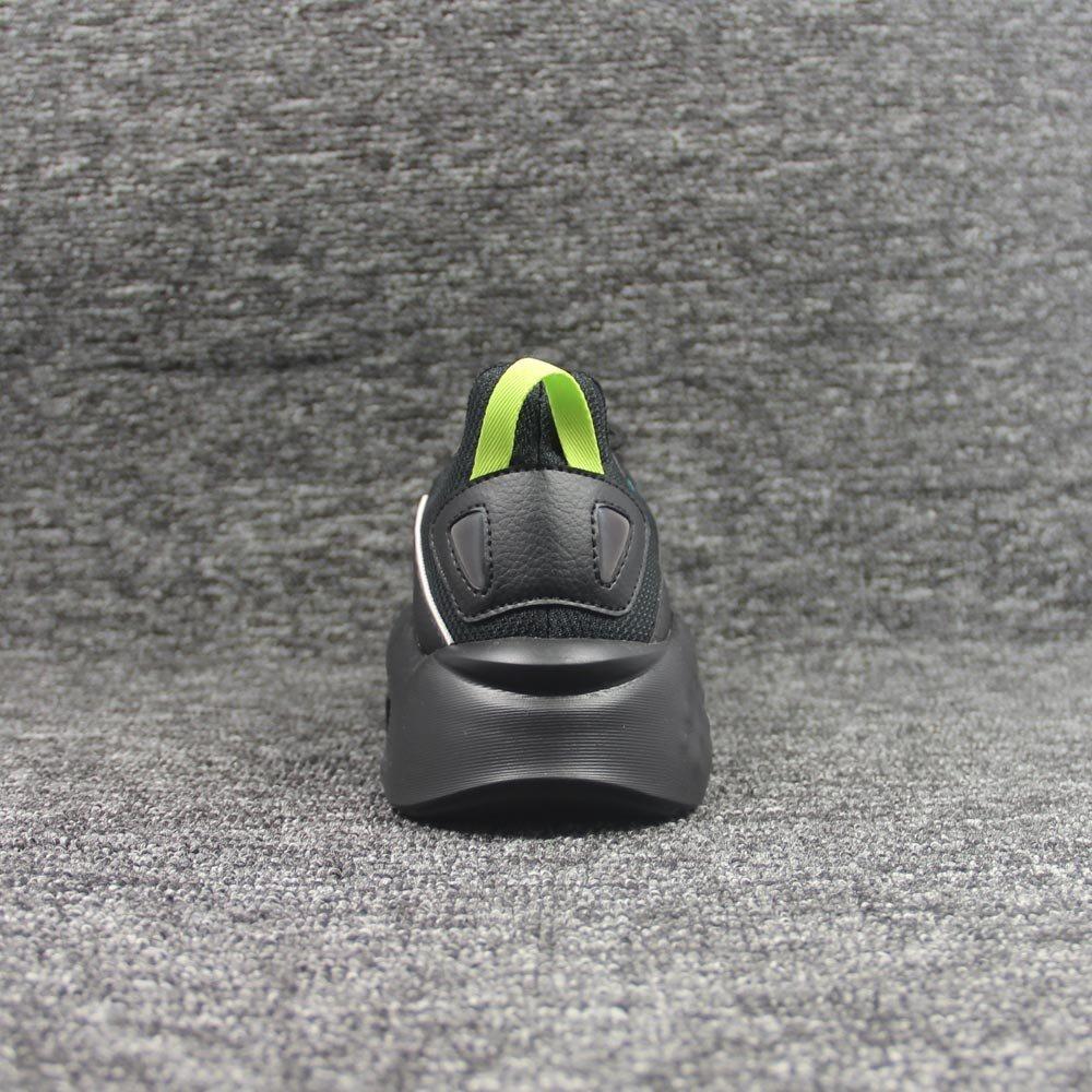 shoes-2031