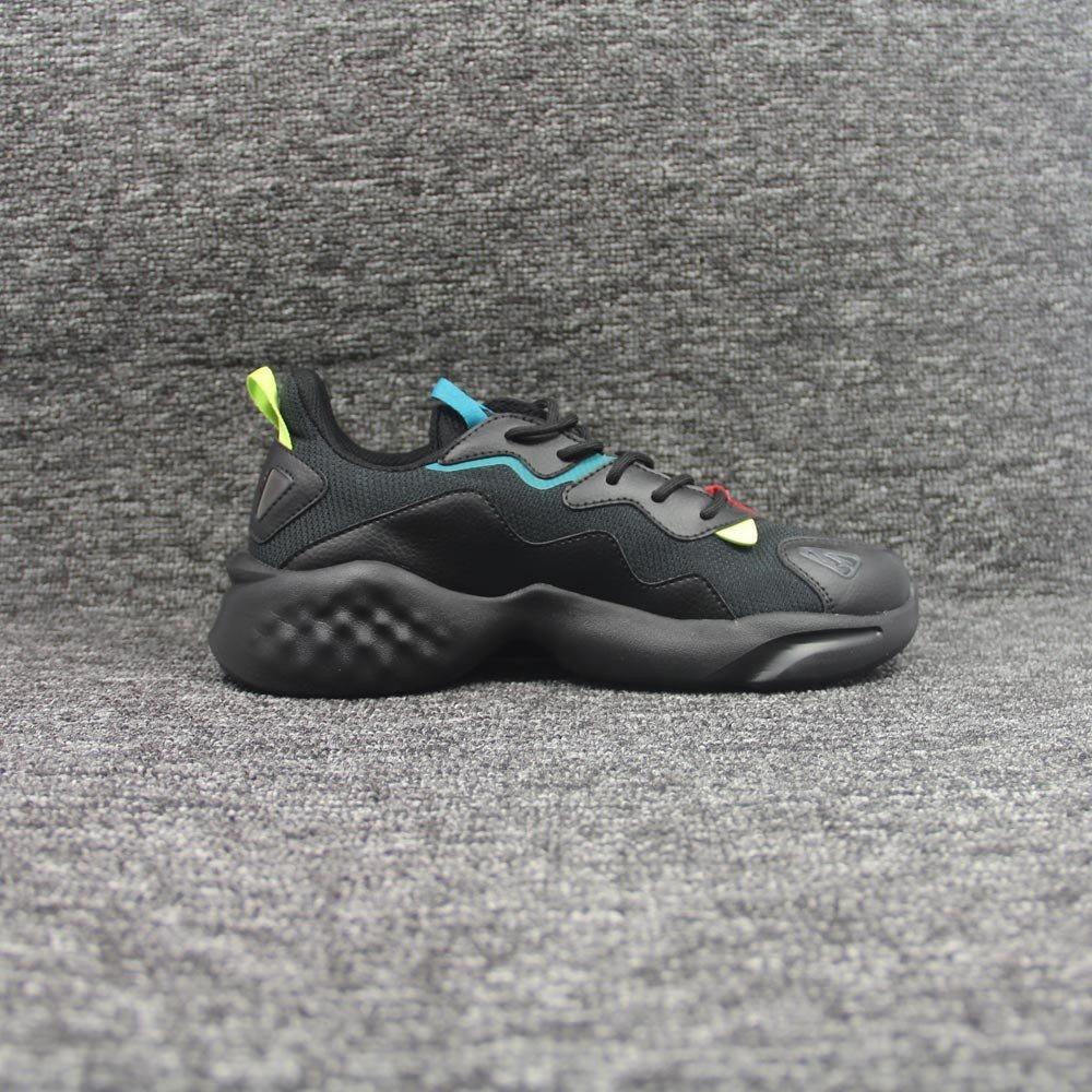 shoes-2032