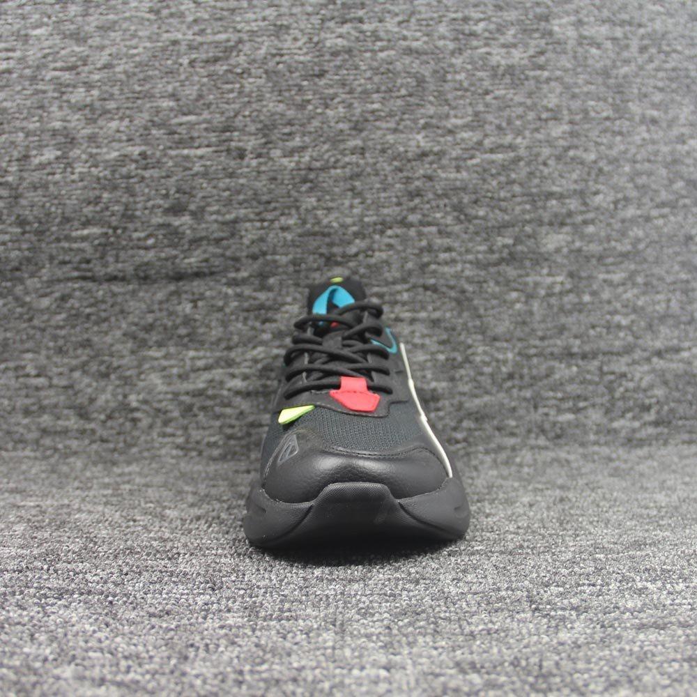 shoes-2033
