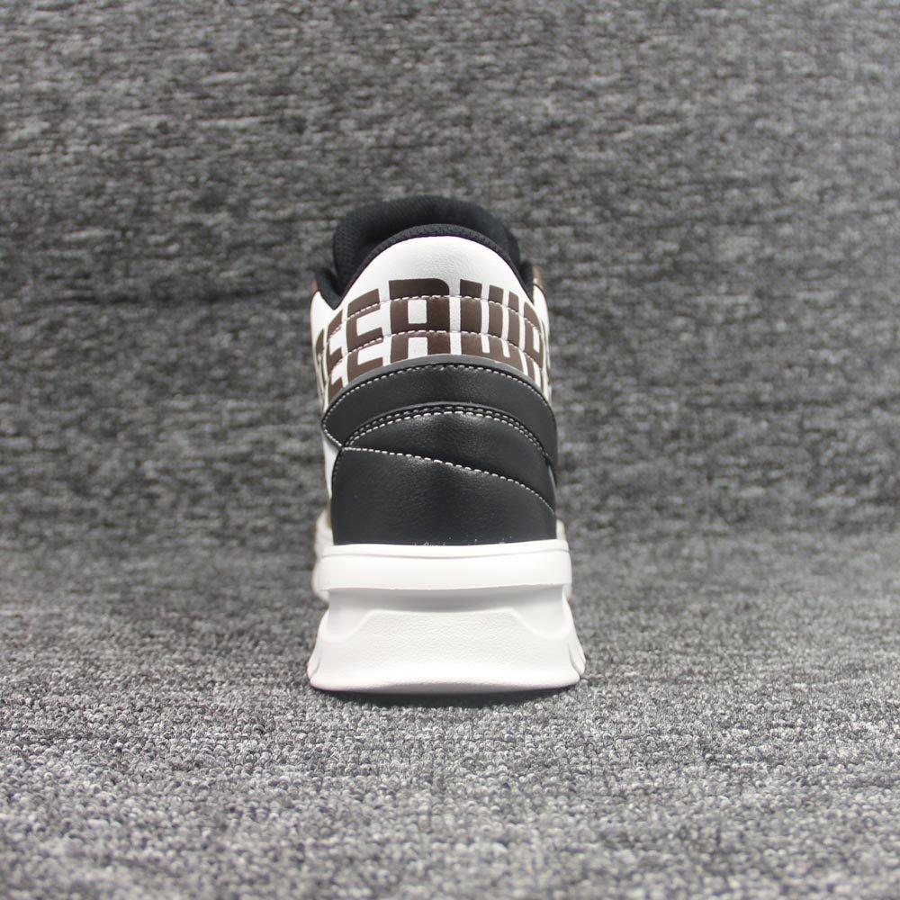 shoes-2070